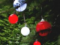 Гирлянда на елке